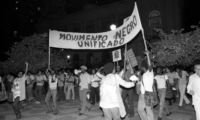 Protesto na Cinelândia, no Centro do Rio, no dia 20 de novembro de 1979