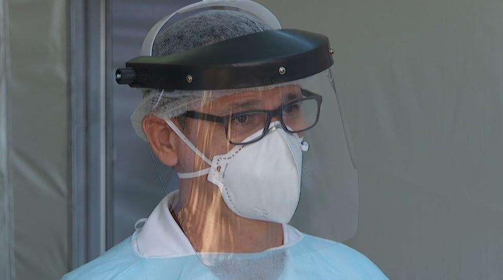 USP de São Carlos cria câmara capaz de esterilizar EPIs para serem reutilizados — Foto: — Foto:  Jefferson Severiano Neves/EPTV