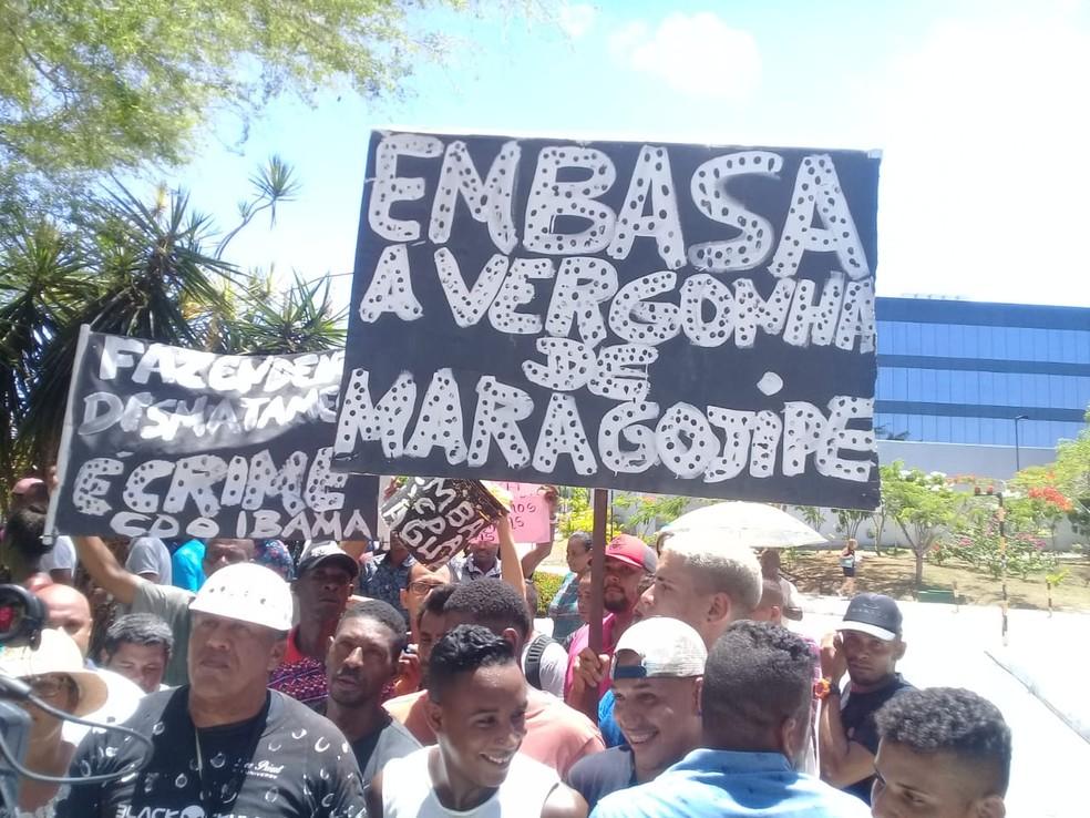 Cerca de 180 participantes protestaram nesta manhã. Eles vieram para Salvador depois de reuniões com lideranças. — Foto: Arquivo Pessoal / Tv Bahia