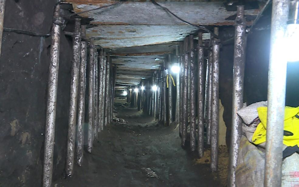 Tunel de cerca de 500 metros que levaria a cofre do Banco do Brasil (Foto: Reprodução/TV Globo)
