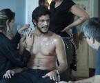 Pedro Lamin é preparado para entrar em cena em 'Sob pressão' | Globo / Estevam Avellar