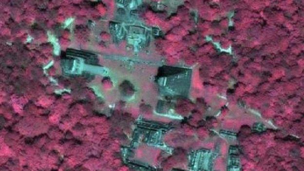 Imagens de satélite têm localizado monumentos maias pela decomposição do calcário (Foto: NASA/Via BBC NEws Brasil)