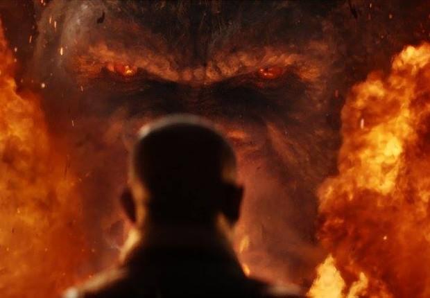 """Cena do filme """"Kong: A Ilha da Caveira"""". Gorila do filme tem mais de 30 metros (100 pés de altura) (Foto: Reprodução/Facebook/Kong)"""