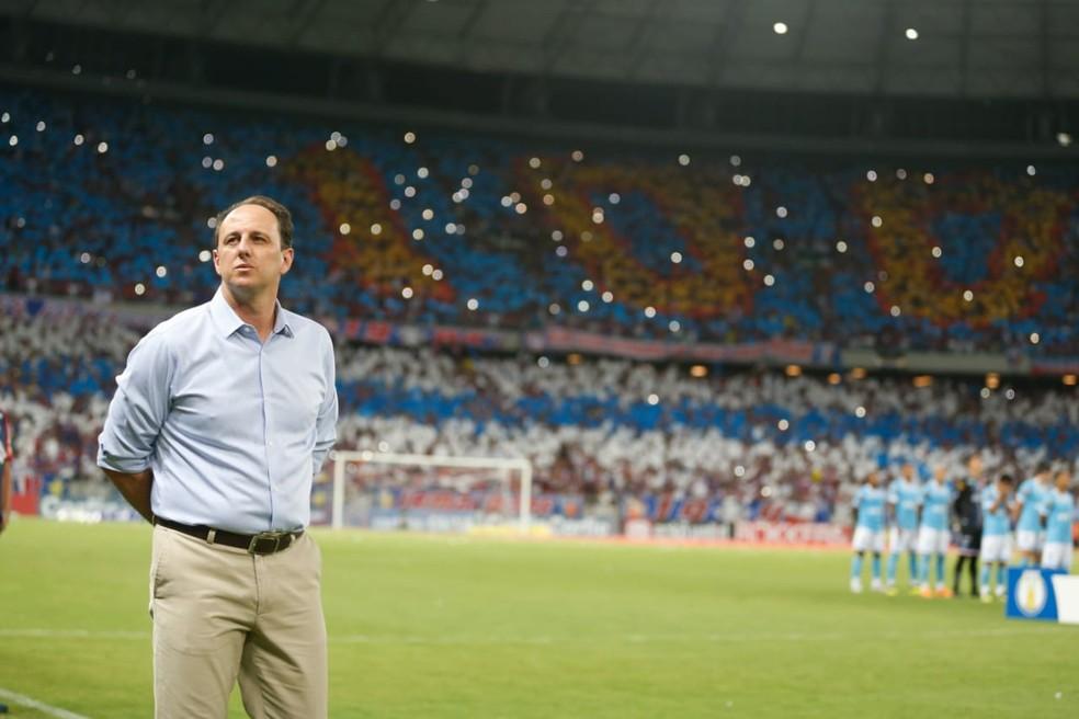 Ceni já garantiu o acesso à primeira divisão e agora ter a taça da Série B — Foto: J.L Rosa