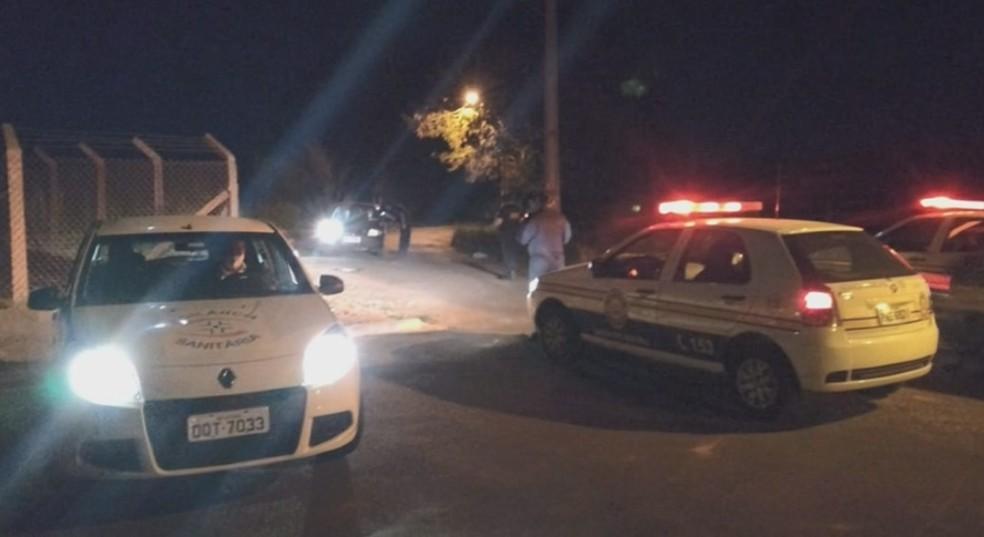 Polícia Militar e Vigilância Sanitária flagram aglomeração com 300 jovens em Alfenas (MG) — Foto: Reprodução/EPTV