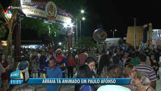 Lucy Alves comanda o arrasta-pé no São João de Paulo Afonso, no norte da Bahia