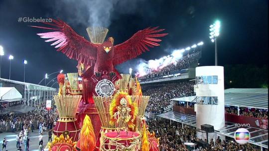 Gaviões da Fiel faz tributo a Guarulhos com Sabrina Sato e muitos 'índios'