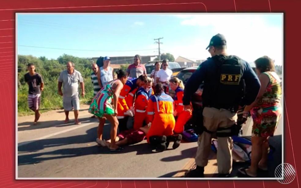 Homem passou mal em ônibus durante protesto e morreu em Vitória da Conquista (Foto: Reprodução/TV Bahia)
