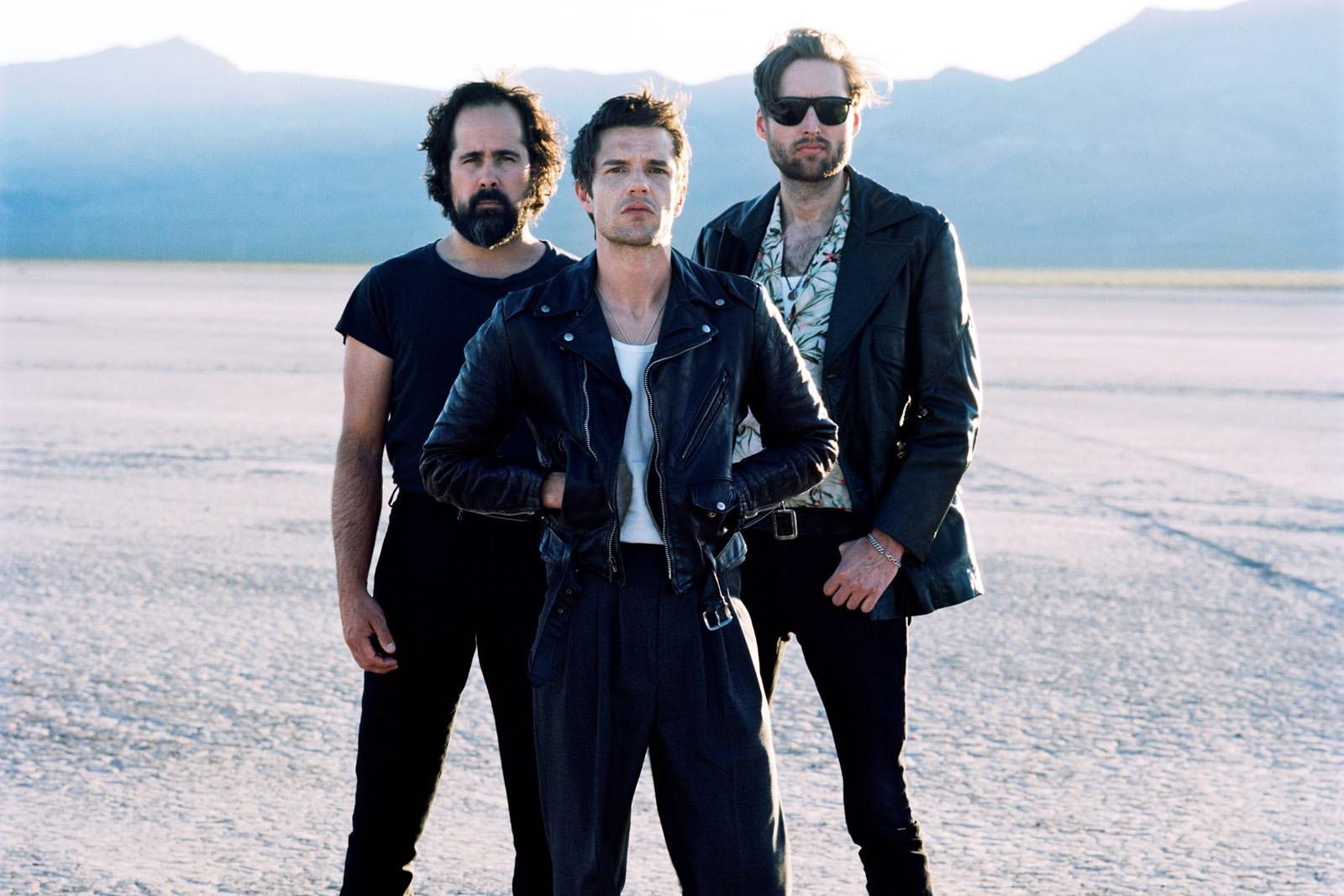 Killers fazem hino para refugiados em 'Land of the free', mas intenção é melhor que canção