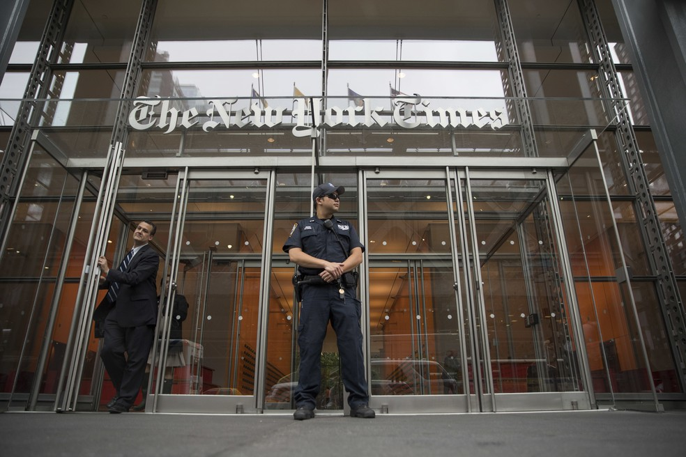 """Fachada da sede do jornal """"The New York Times"""", em Nova York, em foto de 28 de junho de 2018 — Foto: Mary Altaffer/AP"""