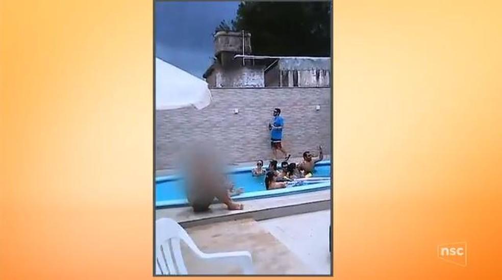 Amigos se reuniam todo verão em casa de praia (Foto: Reprodução NSC TV)