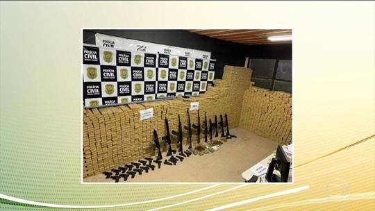 Polícia de MG apreende 8 fuzis e 3 toneladas de maconha