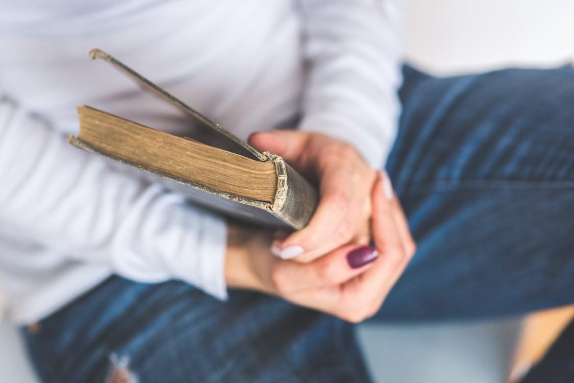 Falar de si mesmo: a força da literatura autobiográfica