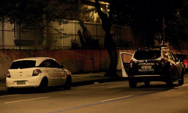 Carro onde vereadora Marielle Franco (PSOL) estava foi metralhado pelos assassinos no bairro do Estácio