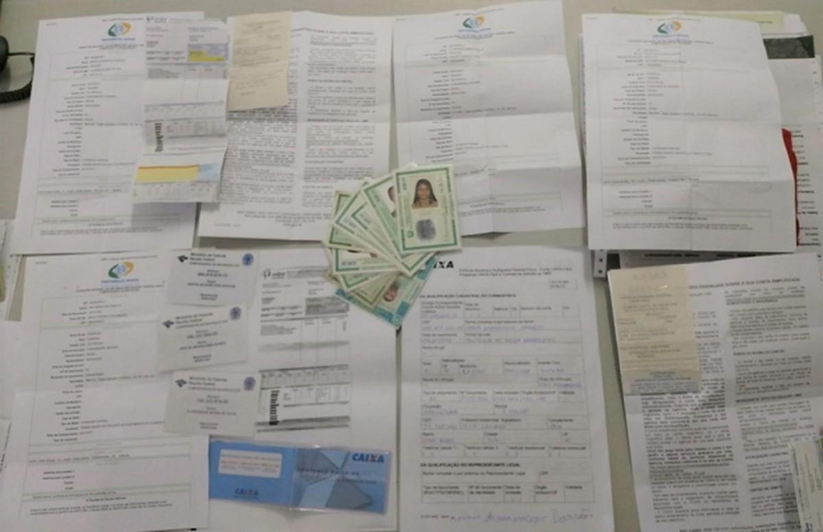 Trio é preso suspeito de abrir contas fantasmas em casa lotérica de Jupi