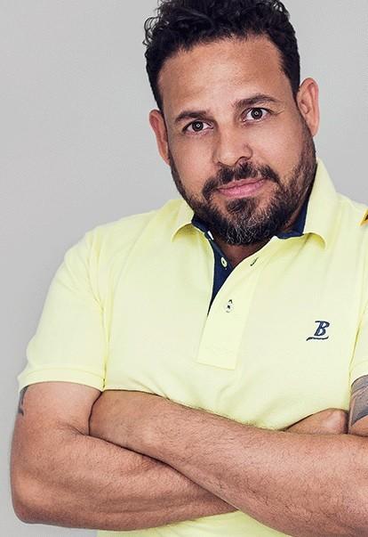 Produtor musical Alex Passos é internado em CTI com Covid-19, em Belo Horizonte
