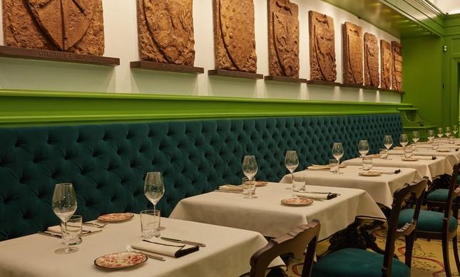 Osteria Gucci é também fruto da amizade entre o italiano e Marco Bizzarri, diretor geral, da grife italiana.
