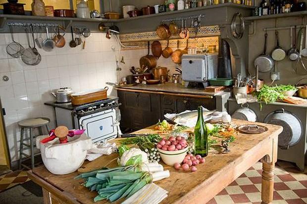 Cozinhas de filmes/séries: Julie e Julia (Foto: Pinterest/Reprodução)