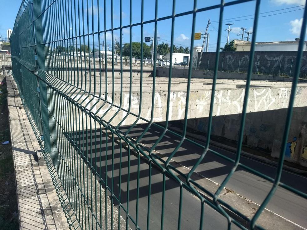 Túnel Felipe Camarão fica no bairro do Jordão, na Zona Sul do Recife (Foto: Reprodução/WhatsApp)