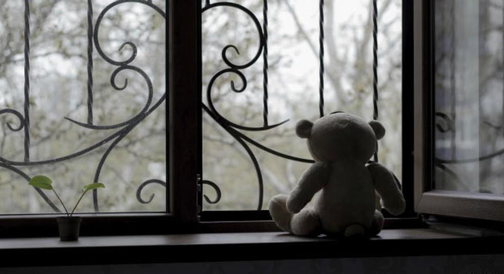 Homem foi preso suspeito de estuprar enteada por quatro anos — Foto: ThinkStock/BBC