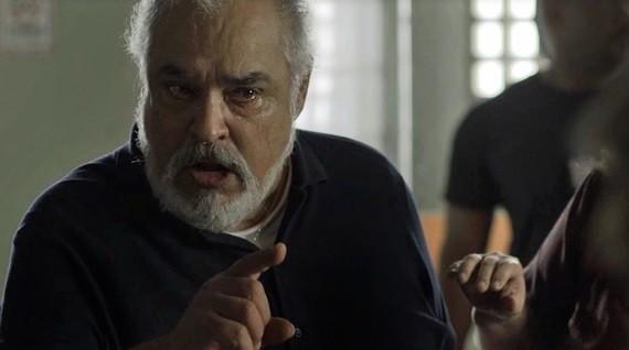 Roberto Bomfim é Agenor (Foto: TV Globo)