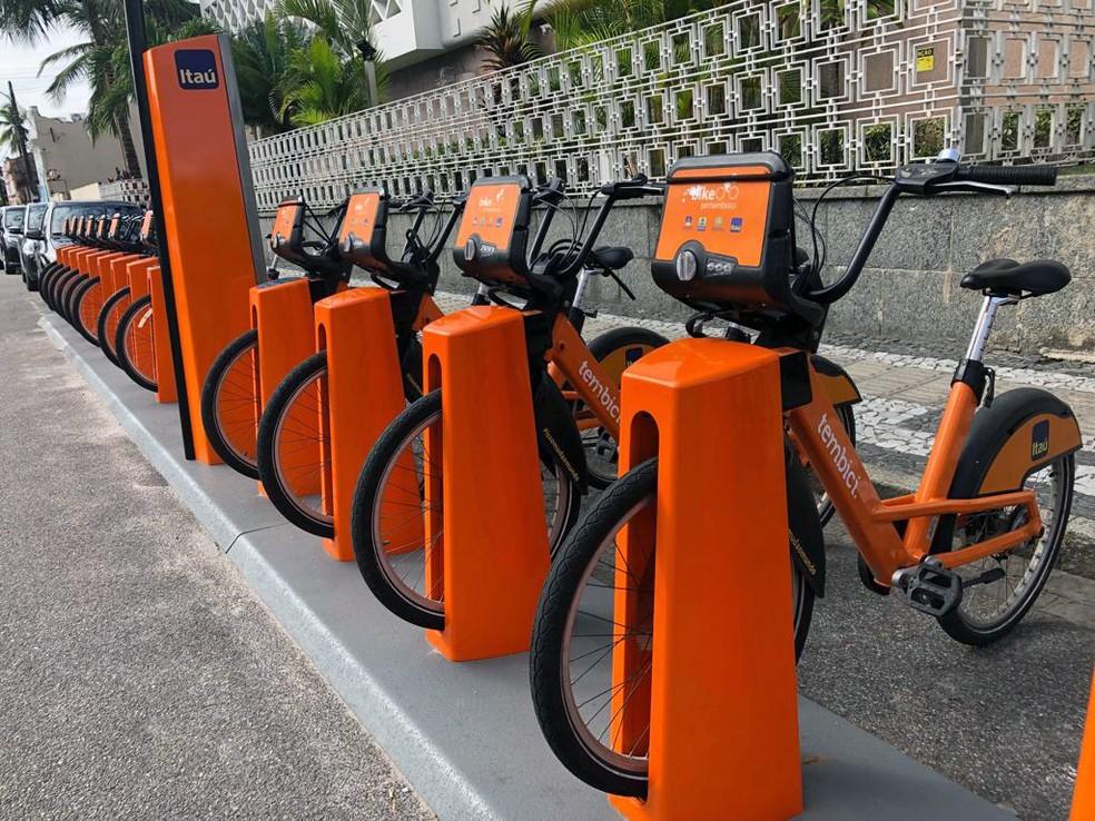 Bicicletas compartilhadas na cidade de Recife (PE) — Foto: Pedro Alves/G1