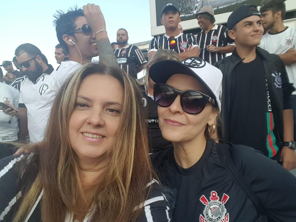 Mônica Toledo e Analu Tomé, duas das fundadoras do Movimento Toda Poderosa Corinthiana (Foto: Arquivo pessoal)