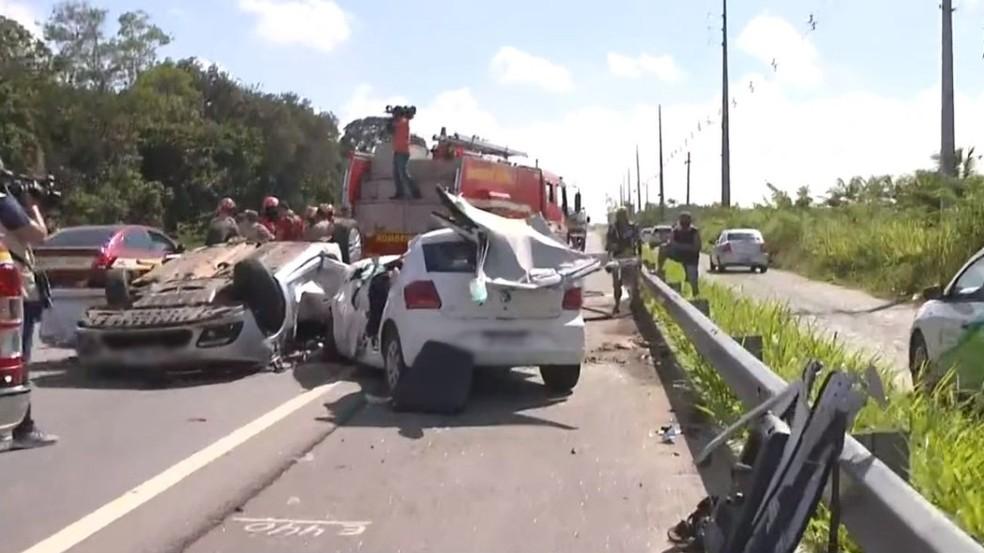 Acidente aconteceu na BR-230, em Santa Rita, na Grande João Pessoa — Foto: Reprodução/TV Cabo Branco