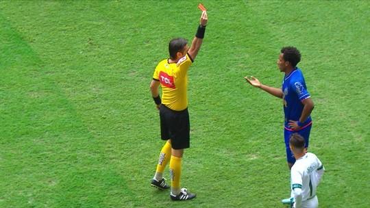 Suspensos, Moisés e Ezequiel desfalcam Bahia contra o Atlético-MG