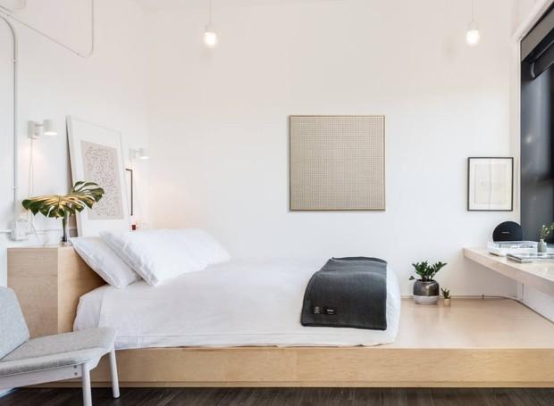 As janelas trazem luz natural para os ambientes. A proposta é não ficar dormindo e relaxando o dia todo, e passear pela cidade (Foto: The Annex Hotel/ Reprodução)