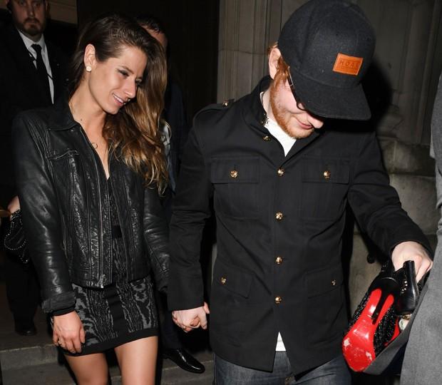 O casal Cherry Seaborn e Ed Sheeran (Foto: AKM-GSI)