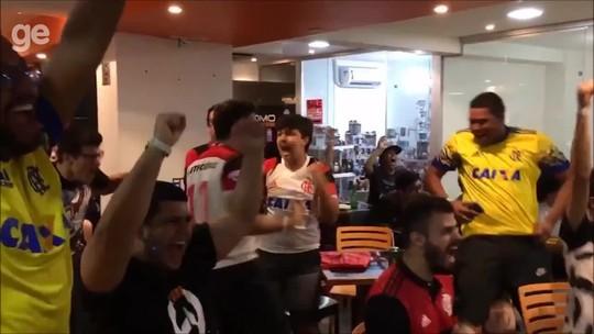 Torcida do Flamengo explode após... roubo de Barão no LoL