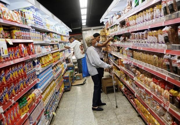 inflação - mercado - supermercado - alimentos  (Foto: Nacho Doce/Reuters)