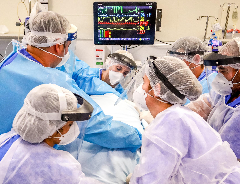 Enfermeiros e técnicos são os profissionais de saúde mais atingidos pela Covid no RS, aponta boletim