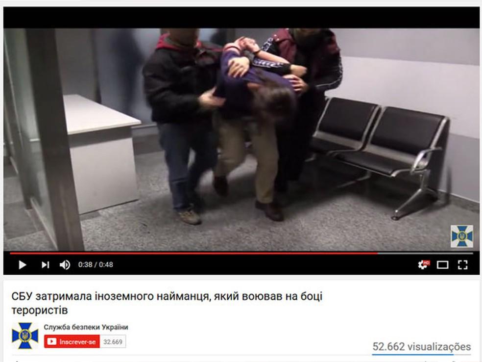 Vídeo do Serviço de Segurança da Ucrânia mostra a prisão de Rafael Lusvarghi  (Foto: Reprodução/Youtube/Serviço de Segurança da Ucrânia)