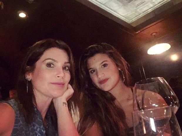 Flávia Alessandra e Giulia Costa (Foto: Reprodução)