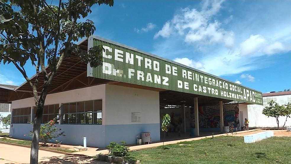 Apac de Santa Luzia, onde o goleiro Bruno Fernandes ficou preso (Foto: Reprodução / TV Globo)