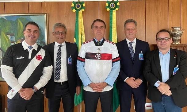 Os presidentes de Vasco e Flamengo com Bolsonaro