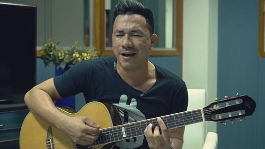 Cantor Luann Kassio estreia clipe na TV Liberal