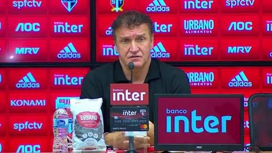 """Cuca lamenta tropeços em casa do São Paulo e fala sobre briga pelo título: """"Ficando mais difícil"""""""