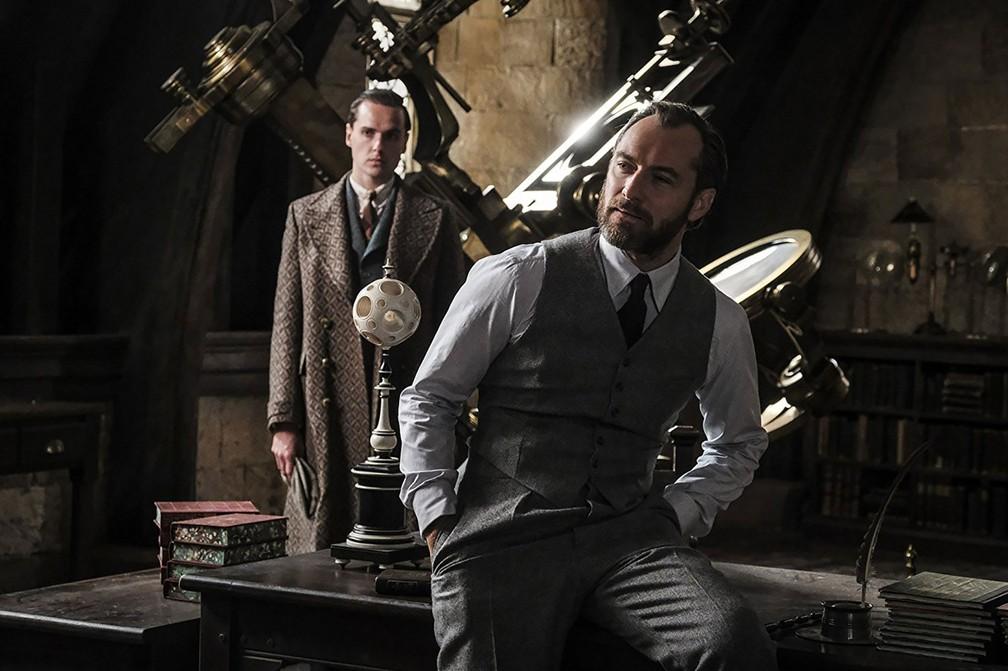 Jude Law como o jovem Dumbledore em 'Animais Fantásticos: Os crimes de Grindelwald' (Foto: Divulgação)