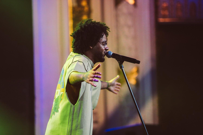Último fim de semana do Festival Sesc de Inverno tem show de Emicida e apresentação de Paulo Betti