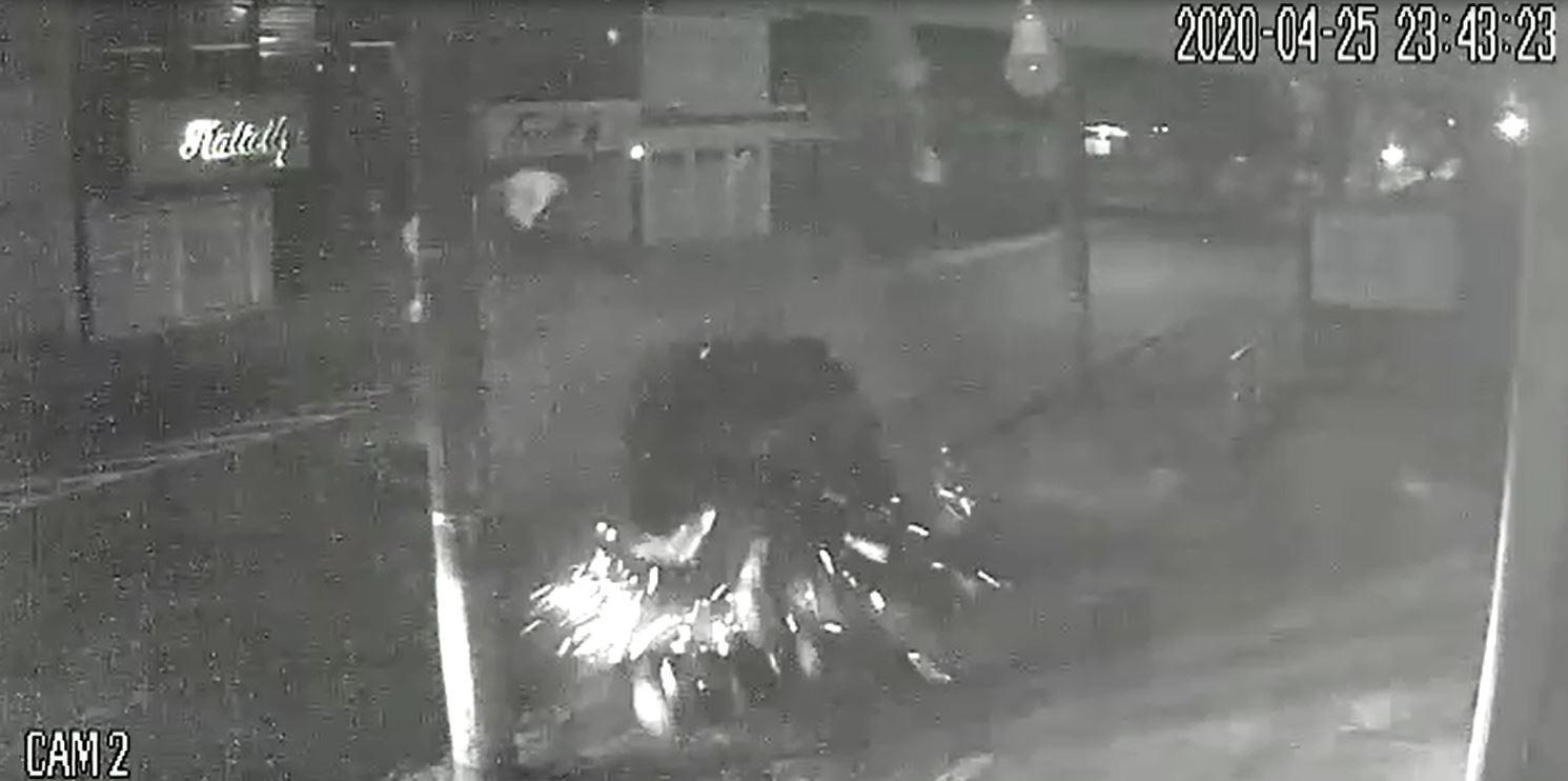 Dois motociclistas são atropelados e motorista é agredido após colisão em Franca, SP