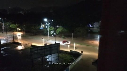 Veja imagens de estragos causados pela chuva no Norte de SC, Vale do Itajaí e Grande Florianópolis