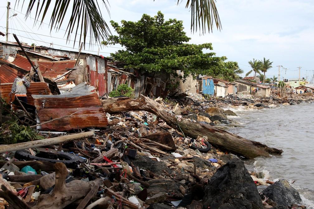 Escombros deixados na passagem do furacão Irma pelo Haiti. (Foto: Ricardo Rojas/Reuters)