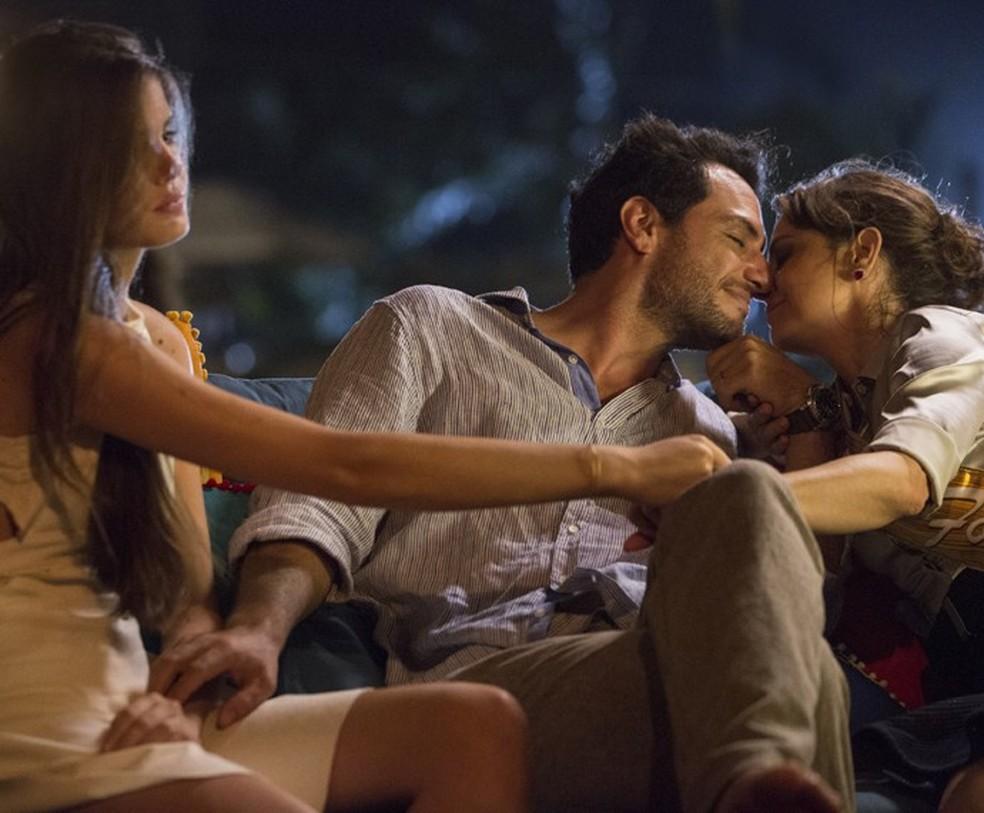 Camila Queiroz, Rodrigo Lombardi e Drica Morais: triângulo amoroso de 'Verdades Secretas' — Foto: Felipe Monteiro/Gshow