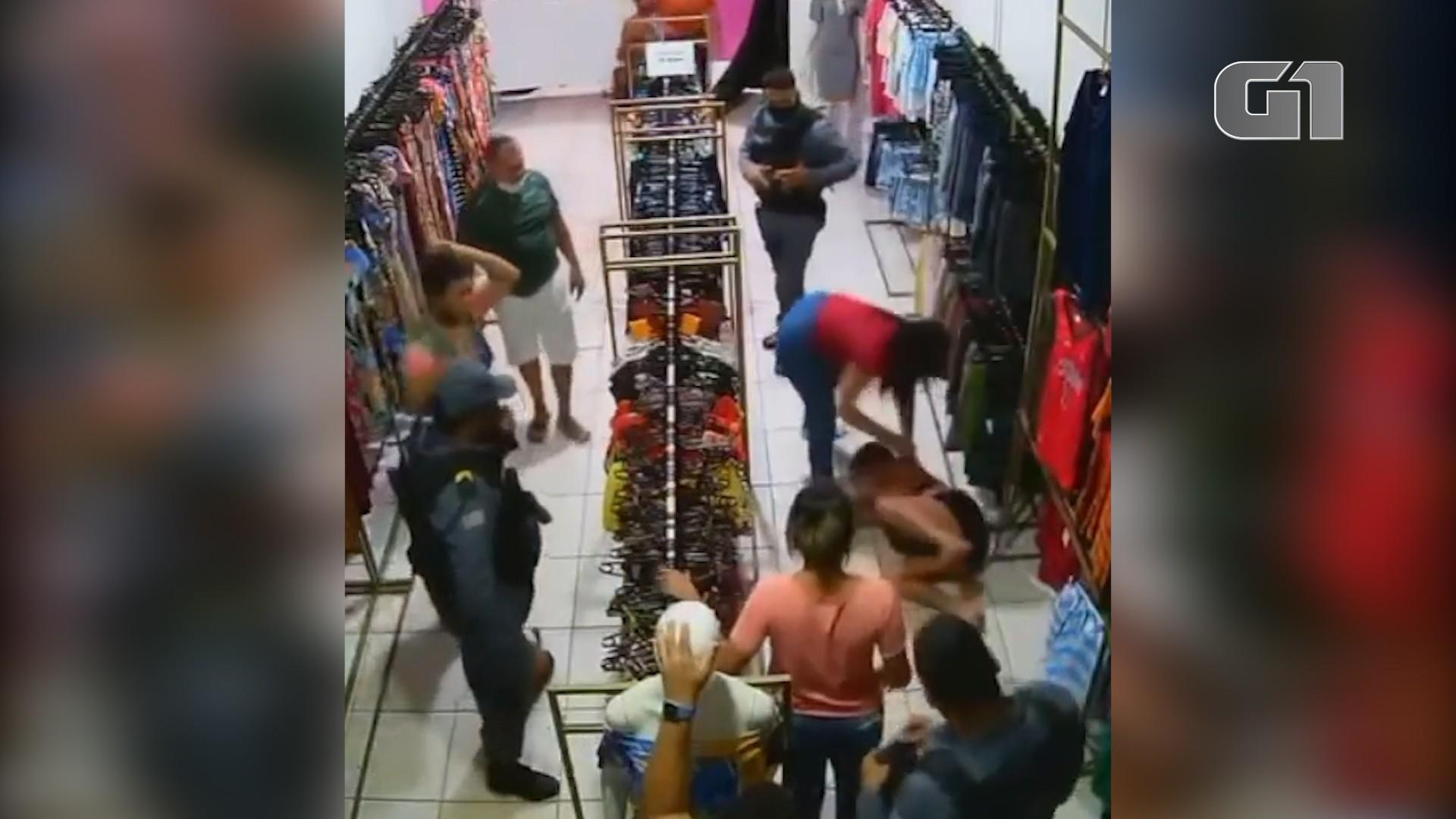Policiais que permitiram agressão a suposta ladra de roupas serão investigados no Maranhão