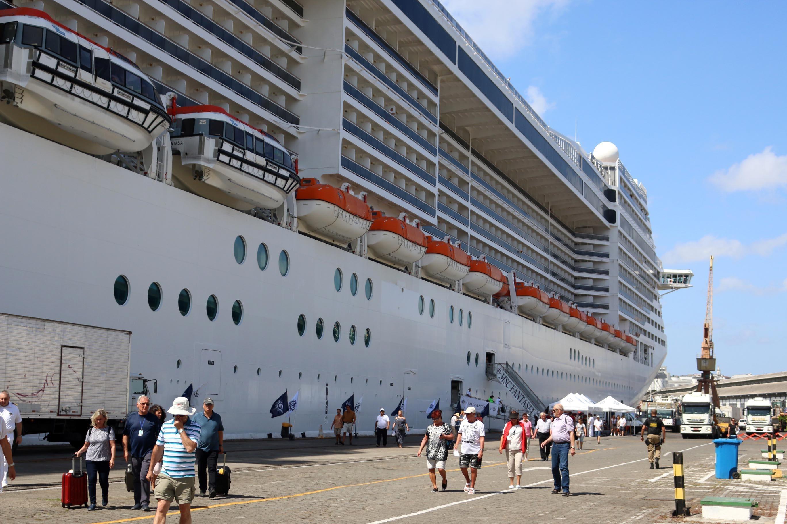 Temporada de cruzeiros em Salvador começa nesta quinta-feira; mais de 60 navios turísticos são esperados até abril de 2020 - Notícias - Plantão Diário