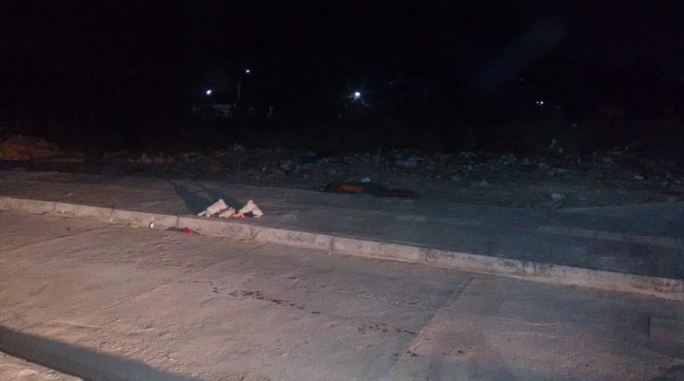 Uma das vítimas tinha passagem pela polícia por tráfico de drogas.  — Foto: Polícia Militar/Divulgação