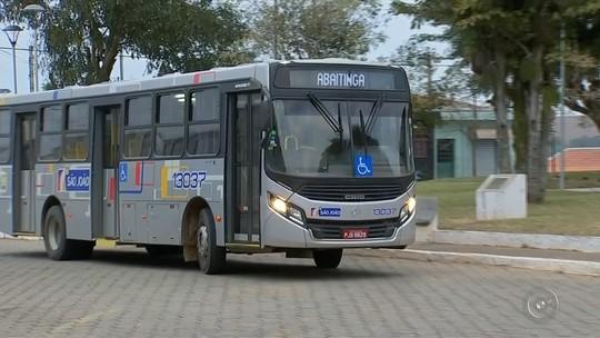 Moradores da zona rural de São Miguel Arcanjo reclamam do aumento na passagem de ônibus